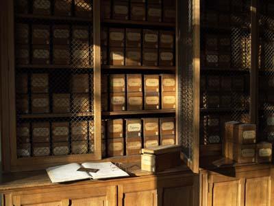 """La salle dite """"des plaques"""", lieu originel de conservation des plaques autochromes © CG92/Musée Albert-Kahn/Pascal BEDEK"""
